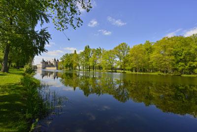 Château de Sully-sur-Loire (Loiret) ©Didier-Salou_Fotolia